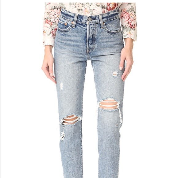 ecf7fd62a64 Levi's Jeans   Levis Wedgie Straight   Poshmark